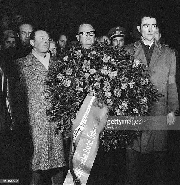 Bruno Pittermann Austrian politician with girdle of flowers 75yearcelebrations of SPO Woellersdorf Photography 1964 [Bruno Pittermann oesterr...