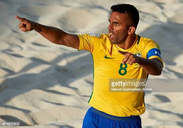 Bruno Xavier of Brazil celebrates a goal during the FIFA Beach Soccer World Cup Bahamas 2017 group D match between Brazil and Tahiti at Bahamas Beach...