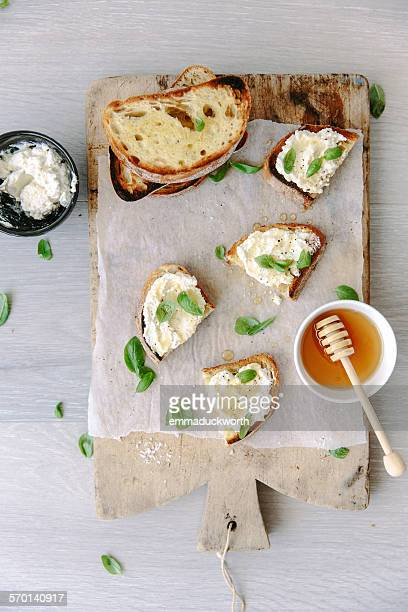 Bruschetta with ricotta, honey and basil