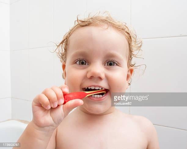 Spazzolare i denti è divertente!