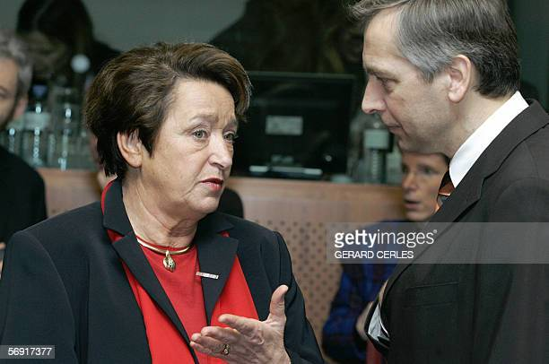 Austrian Education Science and Culture minister Elisabeth Gehrer current chairman of the Council chats with EU Education commissioner Jan Figel prior...