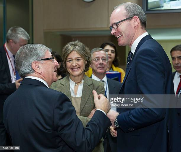 Brussels Belgium December 14 2015 EU Environment Maritime Affairs and Fisheries Commissioner Karmenu Vella is talking with the Spanish minister of...