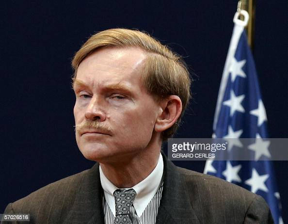 Robert B Zoellick US deputy of State gives a press conference at the end of a meeting on the situation in Sudan at EU Headquarters in Brussels 08...