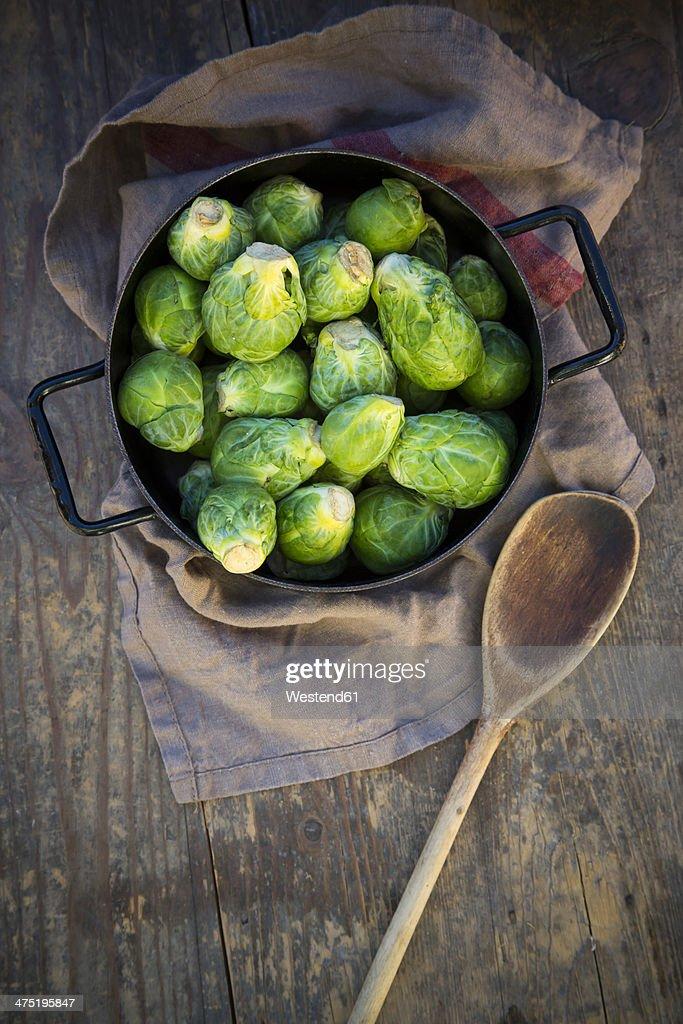 Brussels sprouts (Brassica oleracea var. gemmifera) in iron cooking pot
