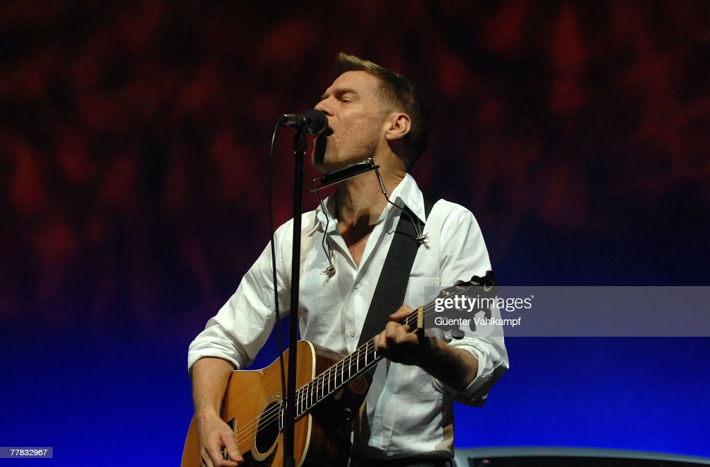 Audi A4 Privat Night With Bryan Adams Photos and Images Getty Images