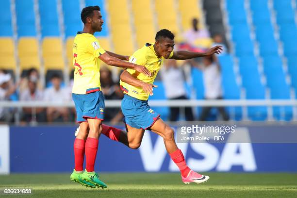 Bryan Cabezas of Ecuador celebrates with Jordan Sierra after scoring his team's third goal during the FIFA U20 World Cup Korea Republic 2017 group F...