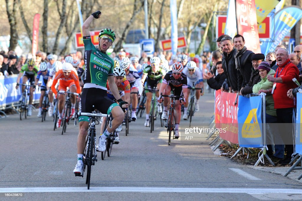 Bryan Coquard of France (C) celebrates as he crosses the finish line at the end of the second stage between Nimes and Allegre-les-Fumades during the 43nd edition of the Etoile de Besseges cycling race on January 31, 2013 in Allegre-les-Fumades, southern France.
