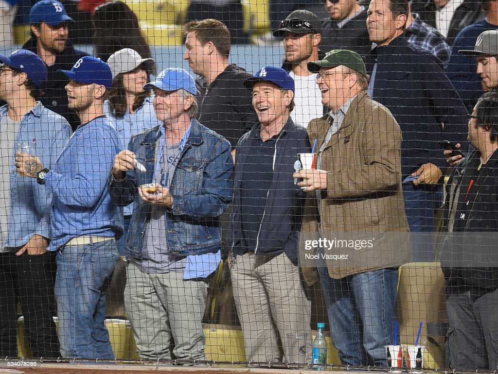 Bryan Cranston - Photo 20 - Pictures - CBS News