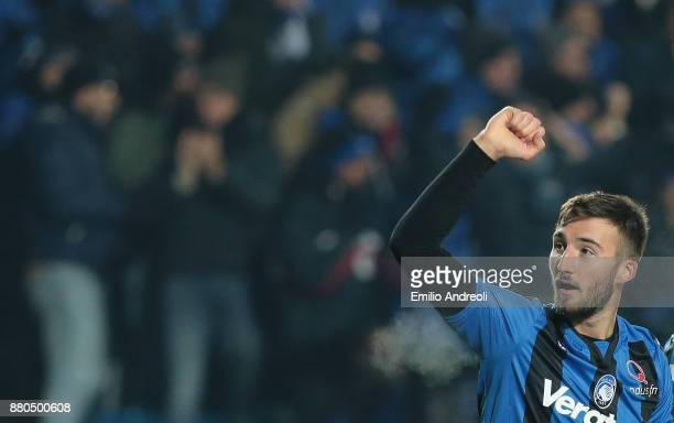 Bryan Cristante of Atalanta BC celebrates after scoring the opening goal during the Serie A match between Atalanta BC and Benevento Calcio at Stadio...