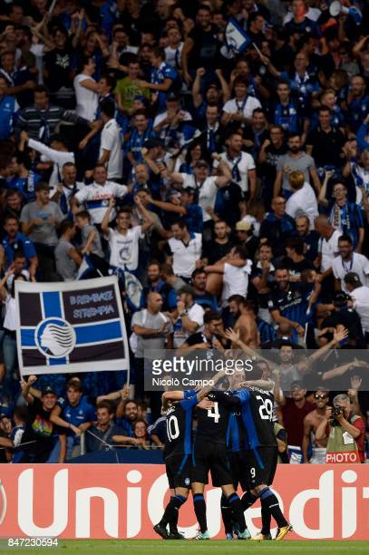 Bryan Cristante of Atalanta BC celebrates with his teammates after scoring a goal during the UEFA Europa League group E football match between...