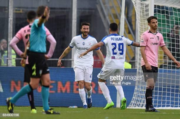Bryan Cristante of Atalanta celebrates after scoring his team's third goal during the Serie A match between US Citta di Palermo and Atalanta BC at...
