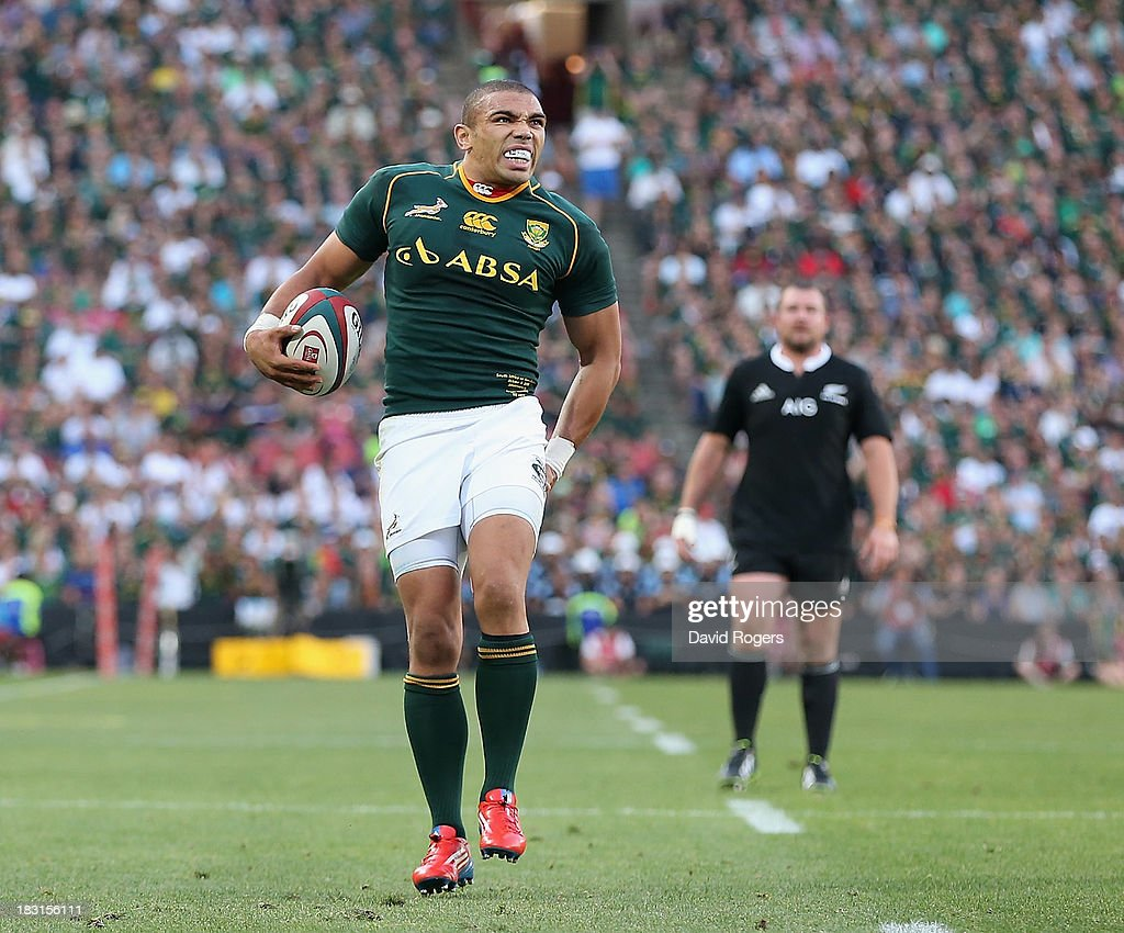 <a gi-track='captionPersonalityLinkClicked' href=/galleries/search?phrase=Bryan+Habana&family=editorial&specificpeople=221391 ng-click='$event.stopPropagation()'>Bryan Habana</a> grimaces after pulling a hamstring during the Rugby Championship match between South Africa Springboks and the New Zealand All Blacks at Ellis Park on October 5, 2013 in Johannesburg, South Africa.
