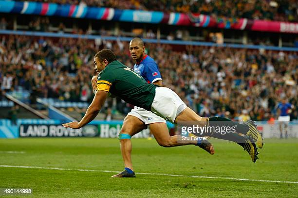Bryan Habana of South Africa scores a try during the 2015 Rugby World Cup Pool B match between South Africa and Samoa at Villa Park on September 26...