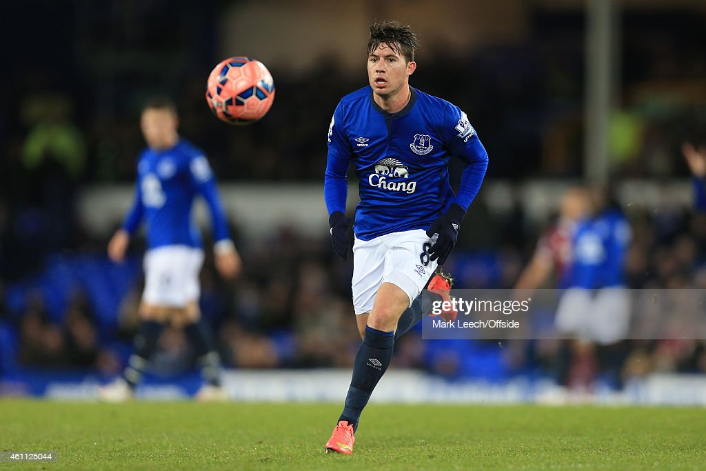 <a gi-track='captionPersonalityLinkClicked' href=/galleries/search?phrase=Bryan+Oviedo&family=editorial&specificpeople=4412740 ng-click='$event.stopPropagation()'>Bryan Oviedo</a> of Everton in action during the FA Cup Third Round match between Everton and West Ham United at Goodison Park on January 6, 2015 in Liverpool, England.