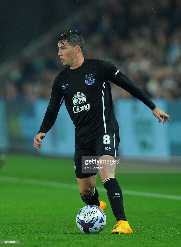 <a gi-track='captionPersonalityLinkClicked' href=/galleries/search?phrase=Bryan+Oviedo&family=editorial&specificpeople=4412740 ng-click='$event.stopPropagation()'>Bryan Oviedo</a> of Everton in action on his comeback from injury during the Capital One Cup Third Round match between Swansea City and Everton at Liberty Stadium on September 23, 2014 in Swansea, Wales.