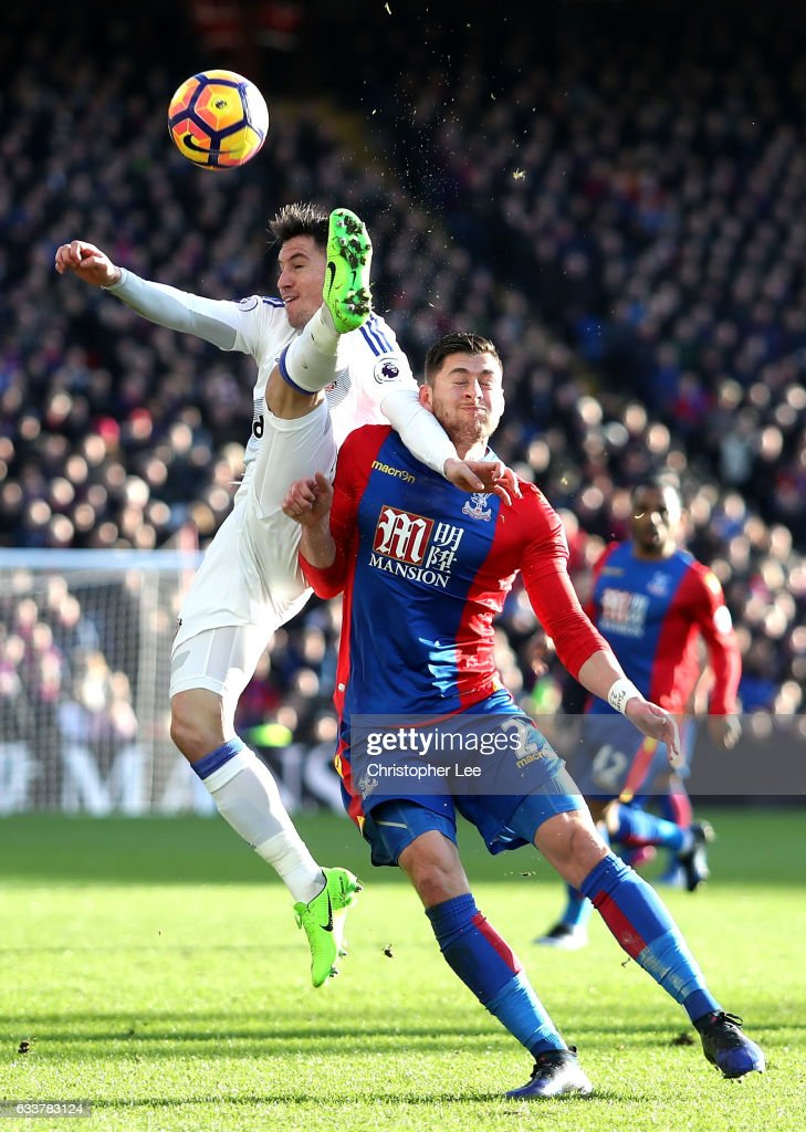 Bryan Oviedo of Sunderland and Joel Ward of Crystal Palace compete for the ball during the Premier League match between Crystal Palace and Sunderland at Selhurst Park on February 4, 2017 in London, England.