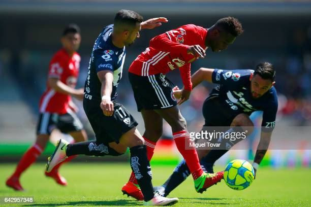 Bryan Rabello of Pumas fights for the ball with Aviles Hurtado of Xolos during the 7th round match between Pumas UNAM and Tijuana as part of the...