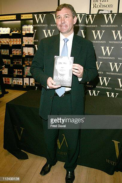 Bryan Robson during Bryan Robson Signs His Book 'Robbo My Autobiography' at Waterstones in London May 9 2006 at Waterstones Leadenhall Market in...