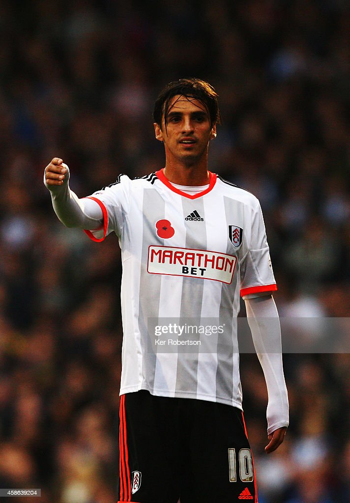 Bryan Ruiz of Fulham in action during the Sky Bet Championship match between Fulham and Huddersfield Town at Craven Cottage on November 8 2014 in...