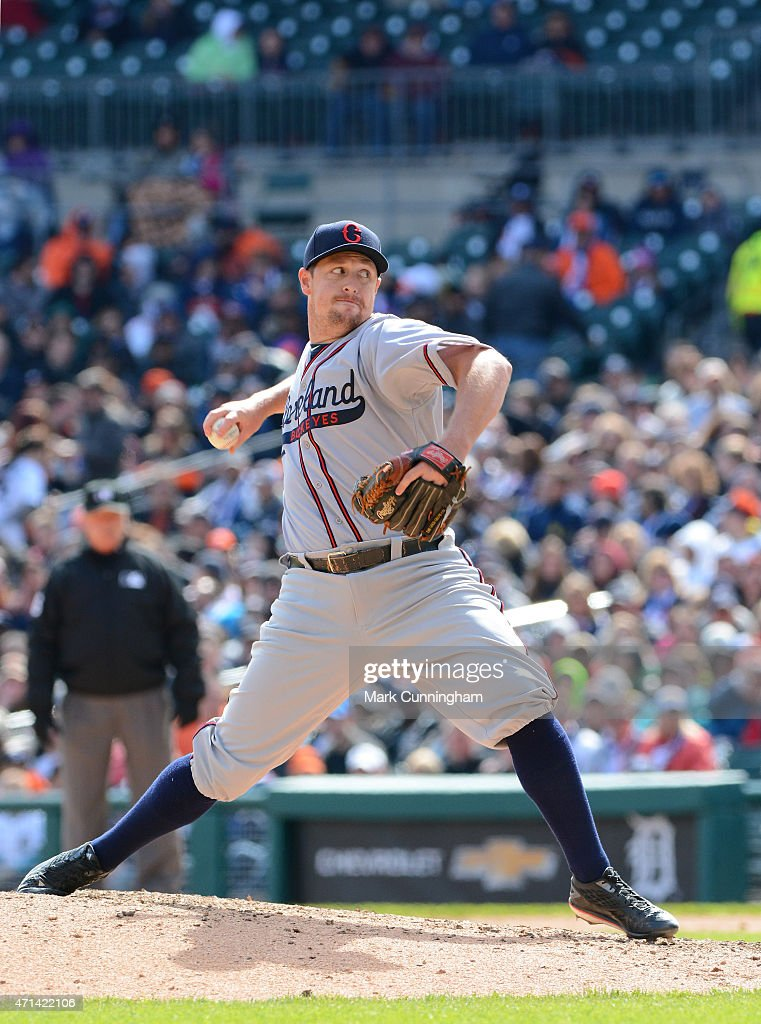<a gi-track='captionPersonalityLinkClicked' href=/galleries/search?phrase=Bryan+Shaw+-+Baseball+Player&family=editorial&specificpeople=11376278 ng-click='$event.stopPropagation()'>Bryan Shaw</a> #27 of the Cleveland Indians pitches while wearing a Cleveland Buckeyes Negro League Tribute uniform during the game against the Detroit Tigers at Comerica Park on April 25, 2015 in Detroit, Michigan. The Tigers defeated the Indians 4-1.