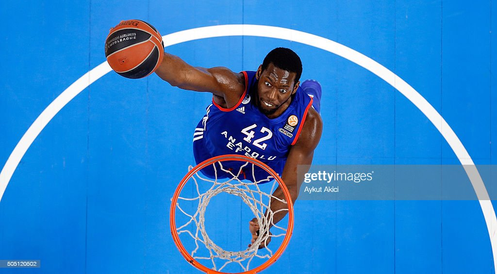 Bryant Dunston #42 of Anadolu Efes Istanbul in action during the Turkish Airlines Euroleague Basketball Top 16 Round 3 game between Anadolu Efes...