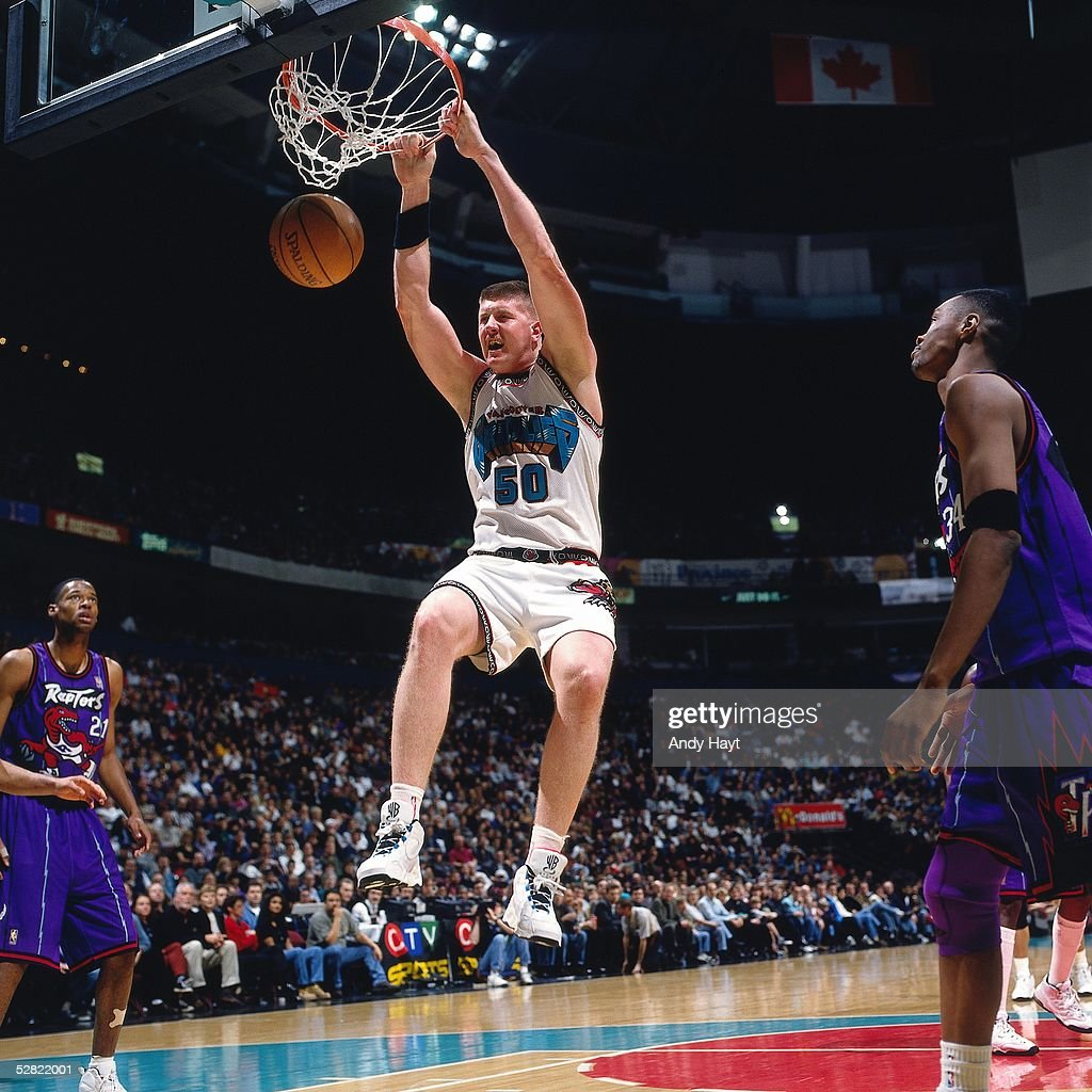 http://media.gettyimages.com/photos/bryant-reeves-of-the-vancouver-grizzlies-dunks-against-the-toronto-picture-id52822001
