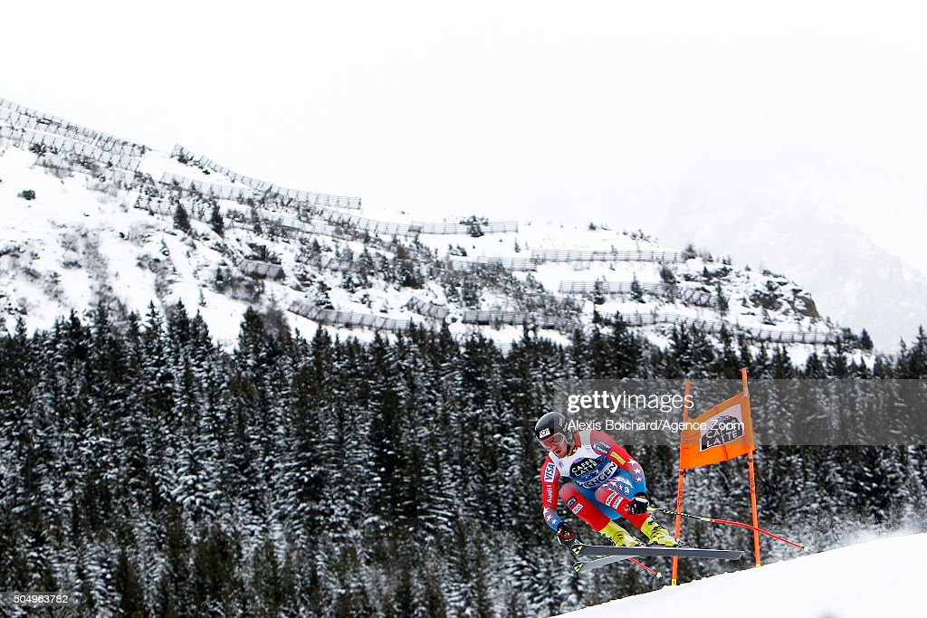 Bryce Bennett of the USAcompetes during the Audi FIS Alpine Ski World Cup Men's Downhill Training on January 14 2016 in Wengen Switzerland