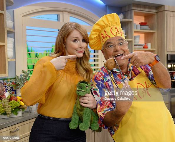 Bryce Dallas Howard and Chef Pepinis on the set of Univisions 'Despierta America' to support the film 'Pete's Dragon' at Univision Studios on July 27...