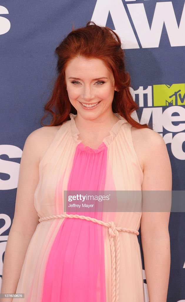 Bryce Dallas Howard attends the 2011 MTV Movie Awards on June 5, 2011 in Universal City, California.