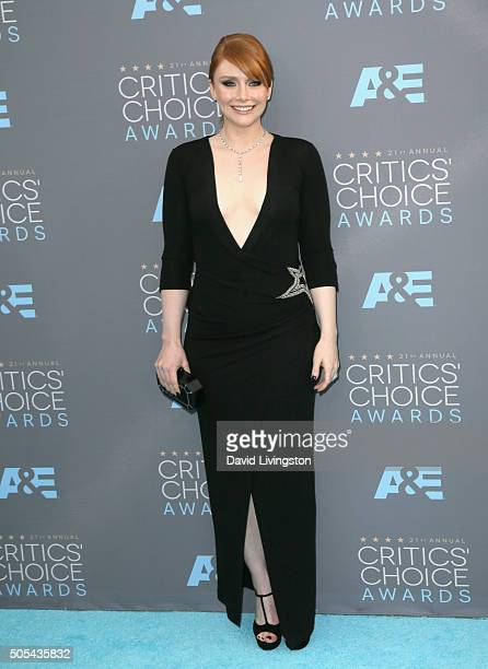 Bryce Dallas Howard attends The 21st Annual Critics' Choice Awards at Barker Hangar on January 17 2016 in Santa Monica California
