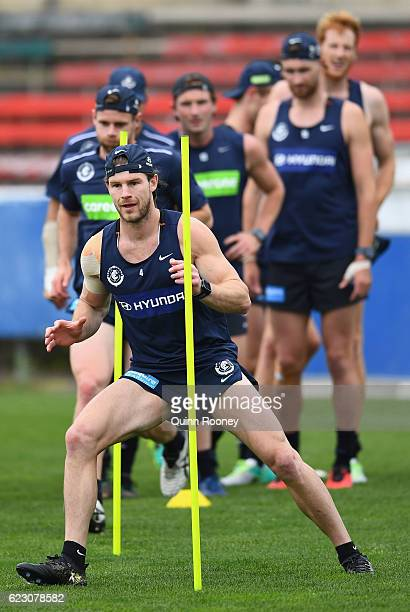 Bryce Gibbs of the Blues runs through the poles during the Carlton Blues AFL preseason training session at Ikon Park on November 14 2016 in Melbourne...