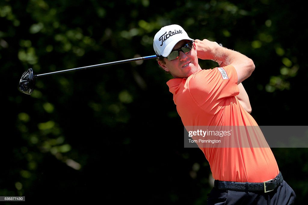 <a gi-track='captionPersonalityLinkClicked' href=/galleries/search?phrase=Bryce+Molder&family=editorial&specificpeople=2552564 ng-click='$event.stopPropagation()'>Bryce Molder</a> plays his shot from the sixth tee during the Final Round of the DEAN & DELUCA Invitational at Colonial Country Club on May 29, 2016 in Fort Worth, Texas.