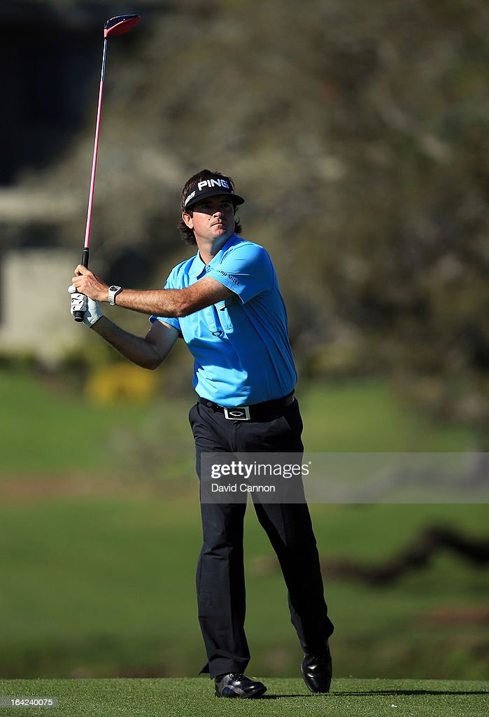 <a gi-track='captionPersonalityLinkClicked' href=/galleries/search?phrase=Bubba+Watson&family=editorial&specificpeople=597658 ng-click='$event.stopPropagation()'>Bubba Watson</a> of the United States plays his tee shot at the par 5, 16th hole during the first round of the 2013 Arnold Palmer Invitational Presented by Mastercard at Bay Hill Golf and Country Club on March 21, 2013 in Orlando, Florida.