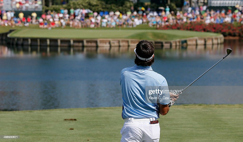 <a gi-track='captionPersonalityLinkClicked' href=/galleries/search?phrase=Bubba+Watson&family=editorial&specificpeople=597658 ng-click='$event.stopPropagation()'>Bubba Watson</a> of the United States watches his tee shot on the 17th hole during the second round of THE PLAYERS Championship on The Stadium Course at TPC Sawgrass on May 9, 2014 in Ponte Vedra Beach, Florida.