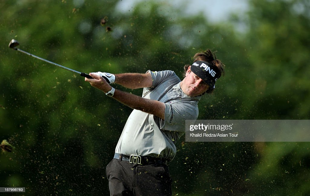 <a gi-track='captionPersonalityLinkClicked' href=/galleries/search?phrase=Bubba+Watson&family=editorial&specificpeople=597658 ng-click='$event.stopPropagation()'>Bubba Watson</a> of USA plays a shot during round three of the Thailand Golf Championship at Amata Spring Country Club on December 8, 2012 in Bangkok, Thailand.