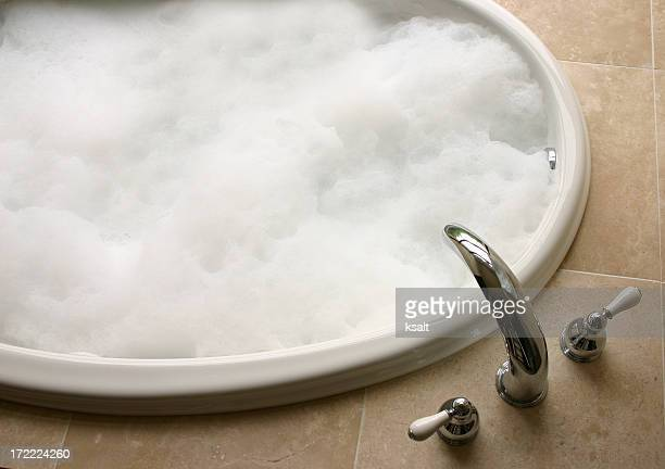 bubble bath, oval tub