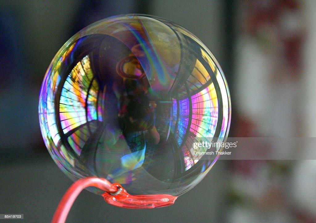 Bubble on bubble wand