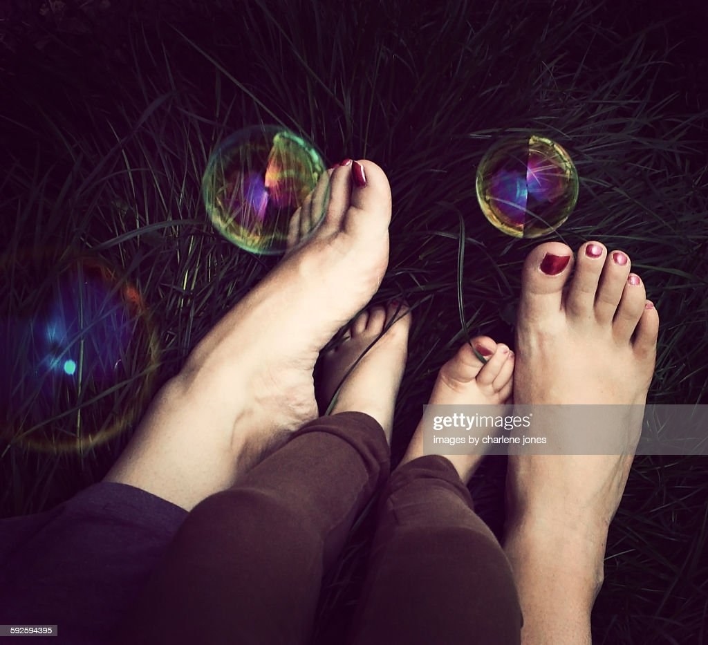 Bubble toes