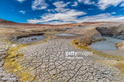 Bubbling geyser - altiplano of Bolivia : Foto de stock
