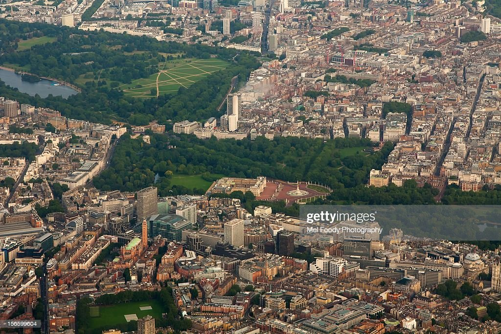 Buckingham Palace & Hyde Park from Above : Stock Photo