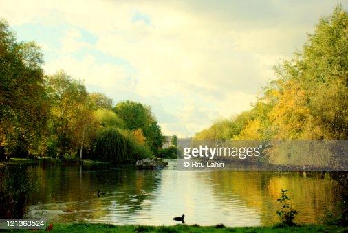 Buckingham Palace in autumn day