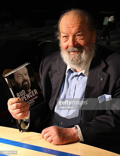 Bud Spencer Italian actor film producer pilot and former professional swimmer poses at a signing of the German translation of his autobiography'Mein...