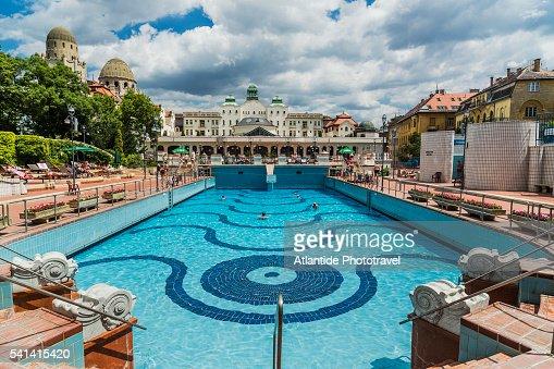 Buda hotel gellert thermal bath the outdoor swimmingpool - Hotels in bath with swimming pool ...