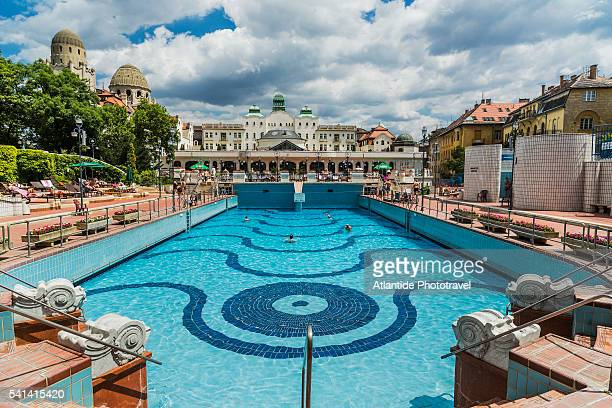 Buda, Hotel Gellert Thermal Bath (Art Noveau or Secession style), the outdoor swimming-pool