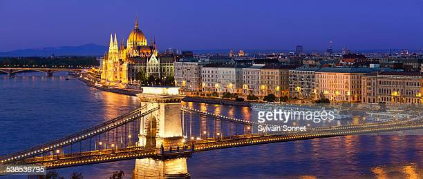 Budapest, Chain Bridge and Hungarian Parliament