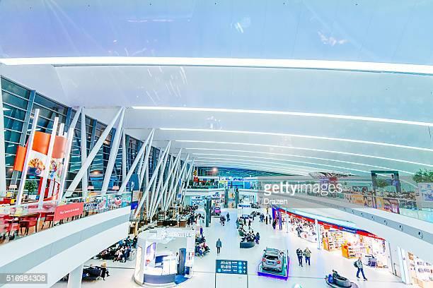 Aéroport de Budapest Ferenz Liszt nouveau bâtiment et de boutiques hors-taxes