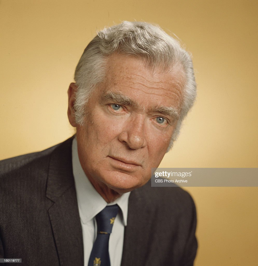 JONES. <a gi-track='captionPersonalityLinkClicked' href=/galleries/search?phrase=Buddy+Ebsen&family=editorial&specificpeople=894081 ng-click='$event.stopPropagation()'>Buddy Ebsen</a> as Barnaby Jones. Image dated 1973.