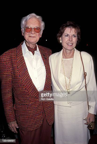 Buddy Ebsen wife Dorothy at the LA Premiere of Mrs Doubtfire at The Academy Theater in Beverly Hills Ca November 2 1993