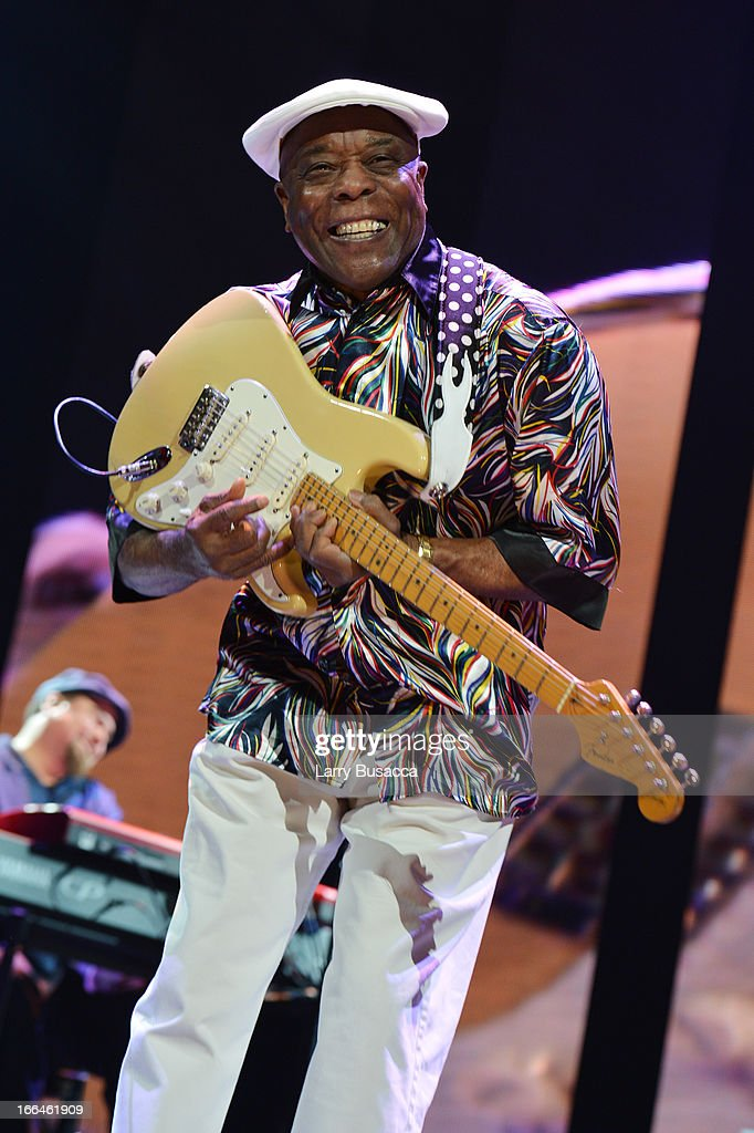 <a gi-track='captionPersonalityLinkClicked' href=/galleries/search?phrase=Buddy+Guy&family=editorial&specificpeople=215438 ng-click='$event.stopPropagation()'>Buddy Guy</a> performs on stage during the 2013 Crossroads Guitar Festival at Madison Square Garden on April 12, 2013 in New York City.