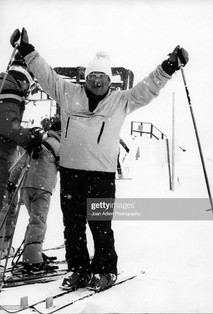 <a gi-track='captionPersonalityLinkClicked' href=/galleries/search?phrase=Buddy+Hackett&family=editorial&specificpeople=224801 ng-click='$event.stopPropagation()'>Buddy Hackett</a> in Aspen, Colorado in 1978.